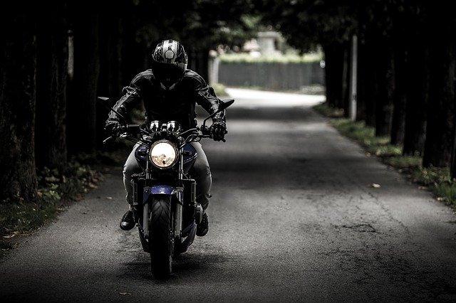 Quand passer son permis moto?