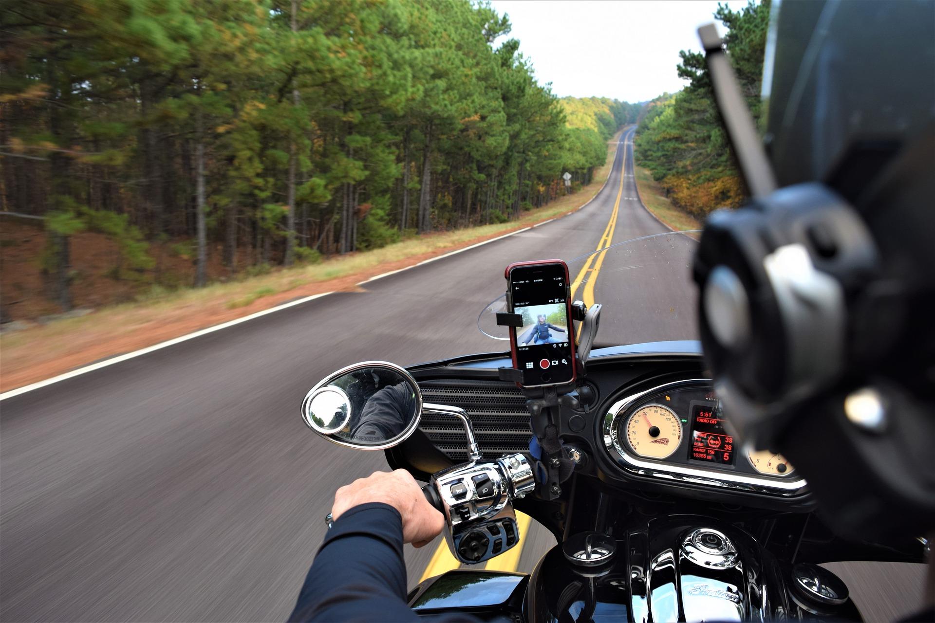 Les avantages du permis moto accéléré