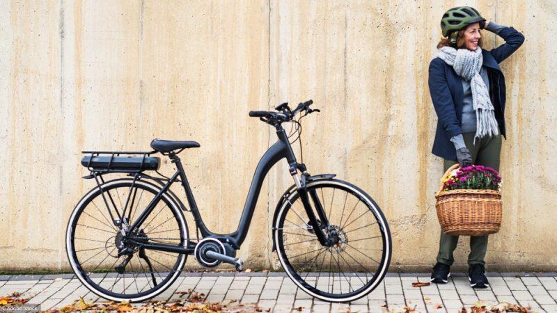 Le vélo électrique, une option très pratique pour se déplacer en ville