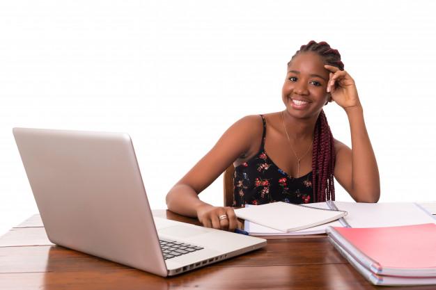 Guide Internet pour les étudiants : comment faire le bon choix ?