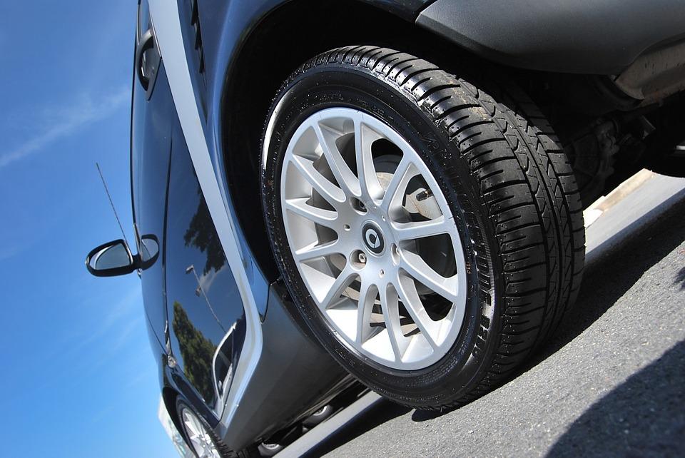 Comment choisir son kit de réparation de pneu ?